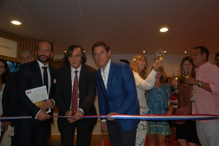 Jean Philippe Pérol da Atout FRance e Philippe Seguin da Accor inaugurando o Espaço turismo do Club France