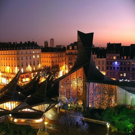 Igreja Joana d'Arc em Rouen