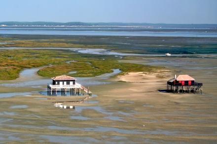 Bassin_d'Arcachon_-_Cabanes_tchanquées