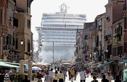 Os monstros em Veneza!