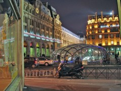 A estação de trem Saint Lazare
