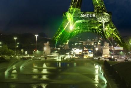 A Torre Eiffel com Amor!