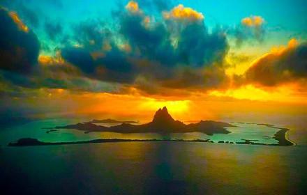 Pôr do Sol em Bora Bora