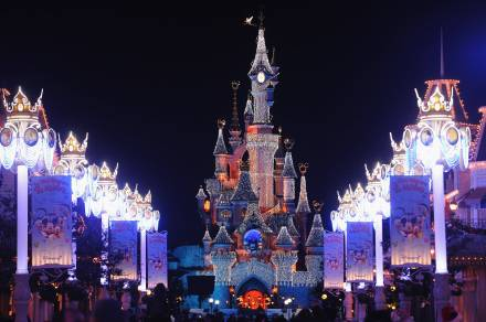 A Disneyland Paris levando Marne-la-Vallée no Top 10 francês