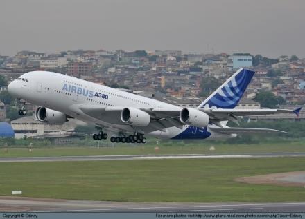A380 da Airbus em São Paulo (novembro 2007)
