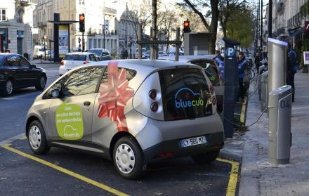 Bluecab, os carros elétricos da cidade de Bordeaux