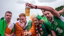 Os animados torcedores irlandeses