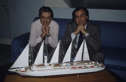 Gilbert e Serge Trigano apresentando o CLUB MED ONE