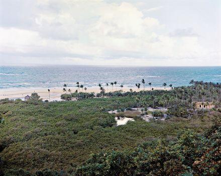 O Le Monde fascinado pelas praias de Troncoso