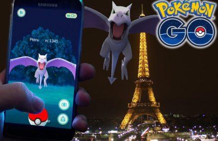 A Torre Eiffel orgulhosa dos seus Pokemons