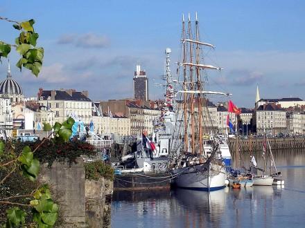 Veleiros no porto de Nantes